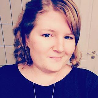 Maria E. L. Thomassen.